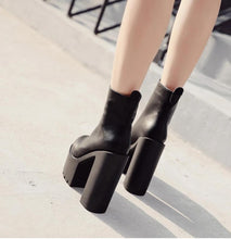 Load image into Gallery viewer, Platform Ankle Boots