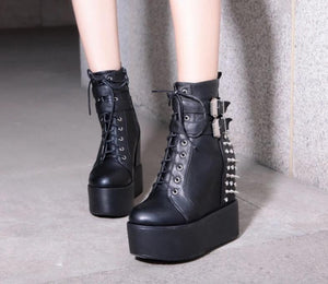 Rivets Ankle Boots