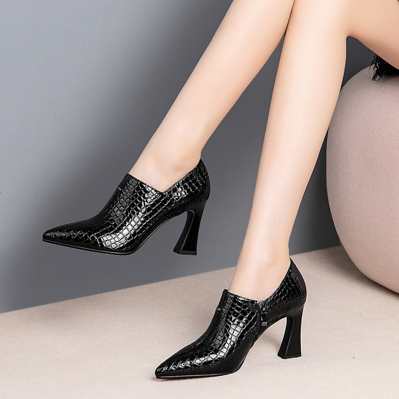 Genuine Leather Pointed Toe Pumps