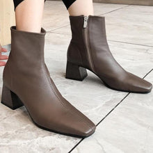 Load image into Gallery viewer, Sheepskin Ankle Boots