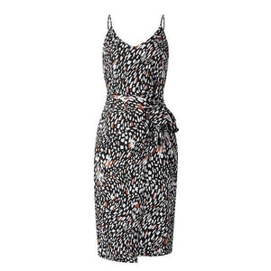 Open image in slideshow, Spaghetti Strap Leopard Print Sundress