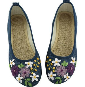 Open image in slideshow, Embroidered Linen Women Flats