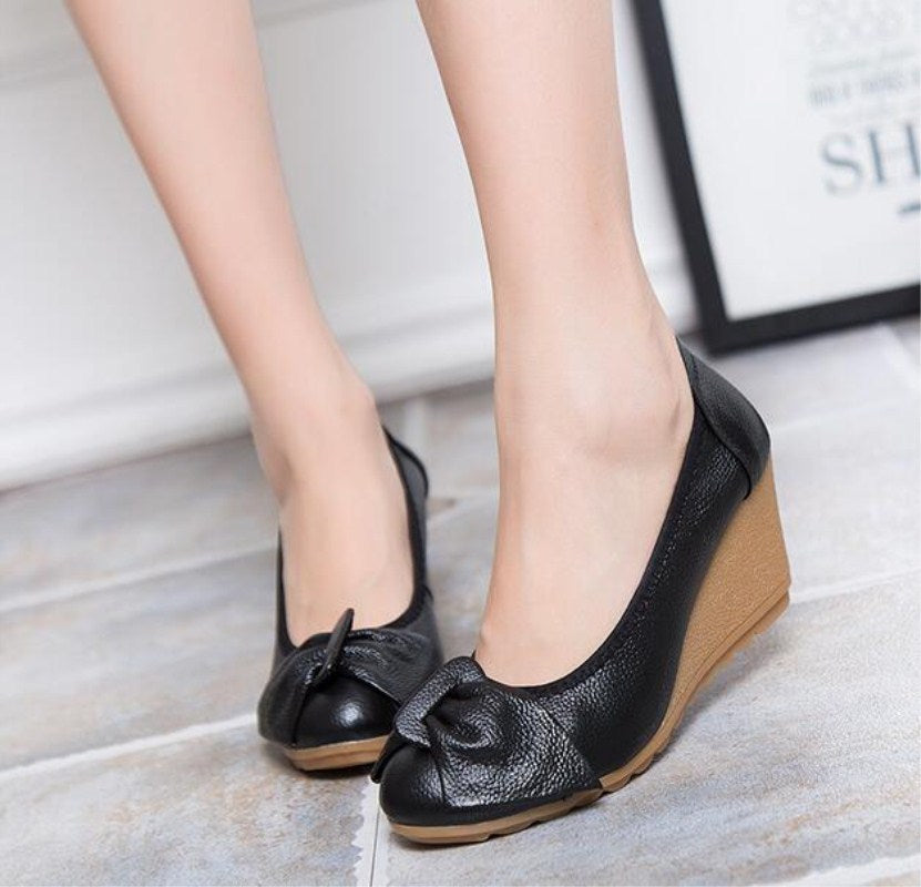 Genuine Leather Women Bow Pumps