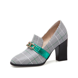 Open image in slideshow, Chunky Heel Plaid Pumps