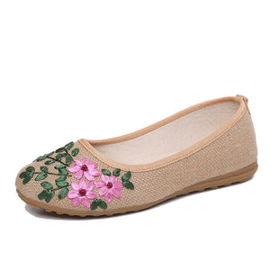 Open image in slideshow, Embroidered Floral Ballet Flats