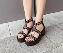 Load image into Gallery viewer, Ankle Strap Block Heel Rivet Sandals