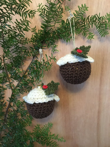 Set of three baubles - Curlycrochet