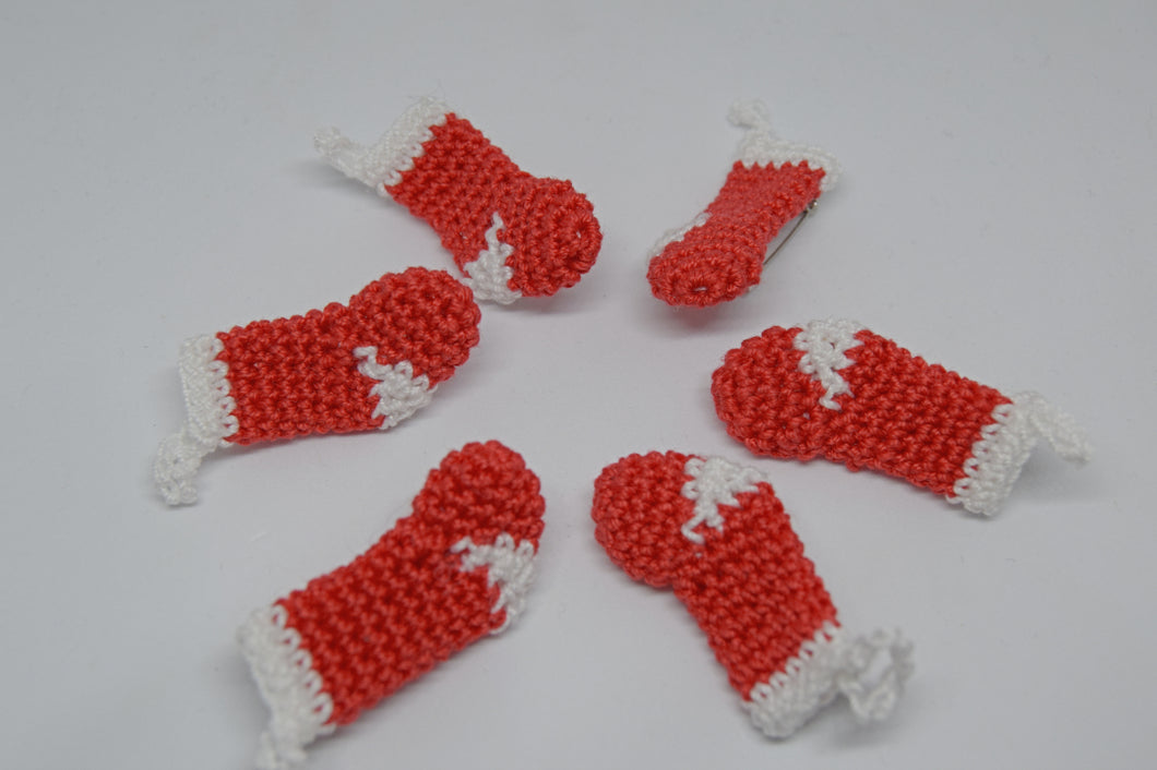 Miniature Crochet Stocking Brooch - Poppykins