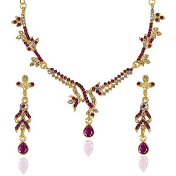 Kriaa White Austrian Stone Gold Plated Necklace Set - 1103916