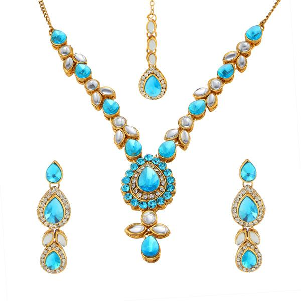 Kriaa Kundan Gold Plated Necklace Set With Maang Tikka