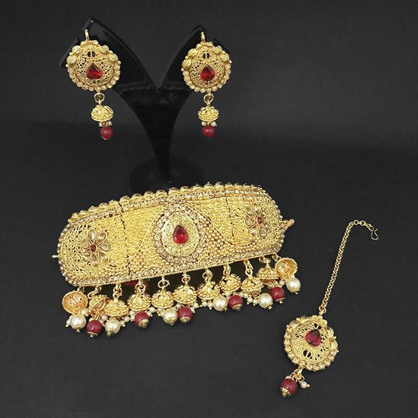 Kriaa Gold Plated Maroon Necklace Set With Maang Tikka