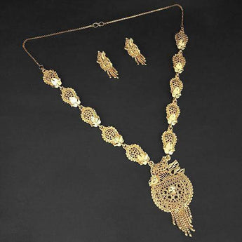 Kalyani Brass Forming Gold Plated Necklace Set - 1108192