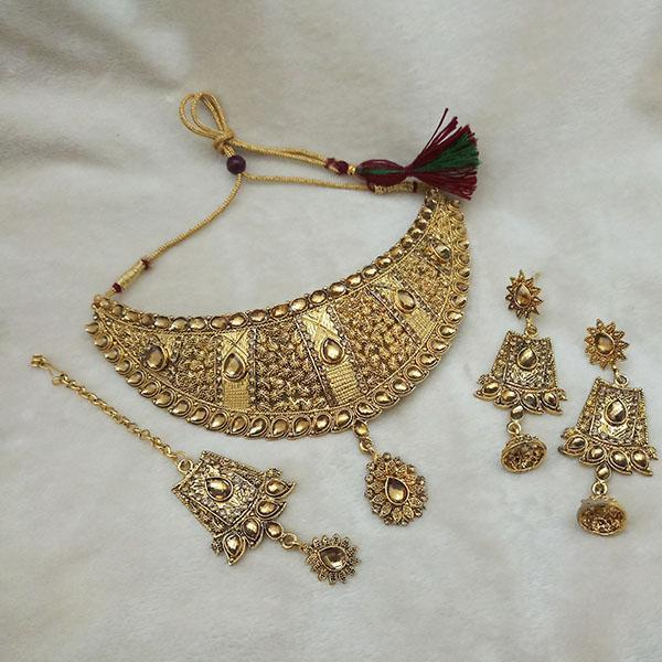 Kriaa Gold Plated Brown Kundan Choker Necklace Set With Maang Tikka - 1113601
