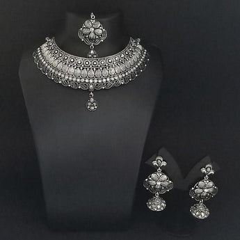 Jeweljunk Austrian Stone Oxidised Choker Necklace Set With Maang Tikka - 1113652