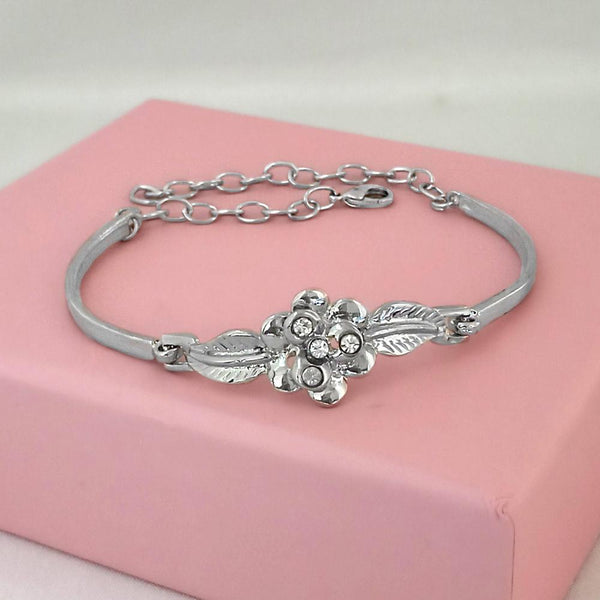 Urthn Silver Plated Floral Adjustable Bracelet