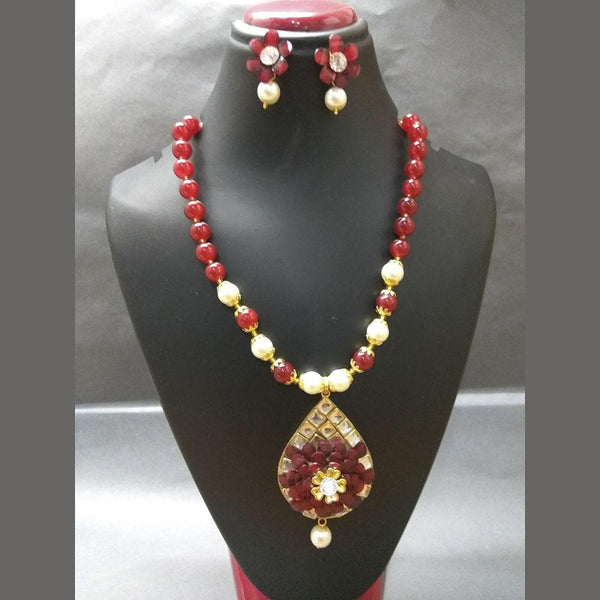Kriaa Maroon Beads And Kundan Gold Plated Necklace Set - 2800323A