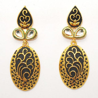Kriaa Kundan Zinc Alloy Gold Plated Dangler Earring - 1307217