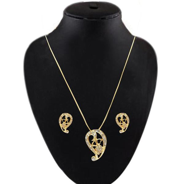 Soha Fashion Golden Stone Gold Plated Pendant Set