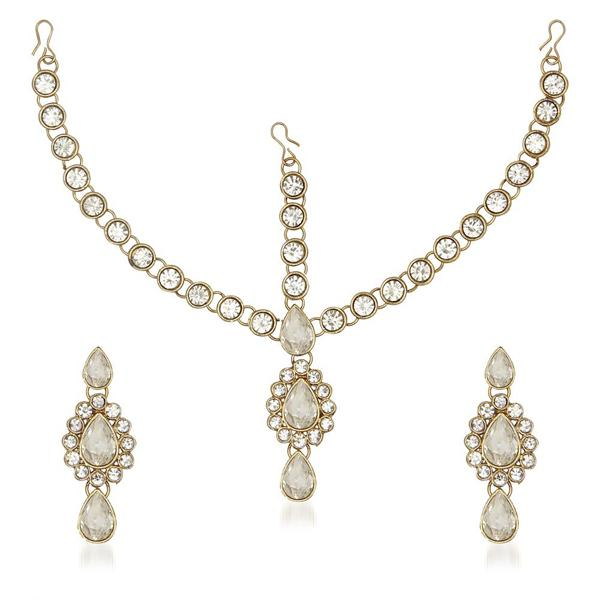 Soha Fashion White Kundan Maang Tikka With Earrings