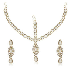 Soha Fashion White Kundan Stone Maang Tikka With Earrings