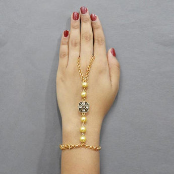Tip Top Fashions Austrian Stone And Pearl Hand Harness - 1503111