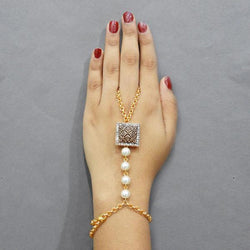 Tip Top Fashions Austrian Stone And Pearl Hand Harness - 1503124