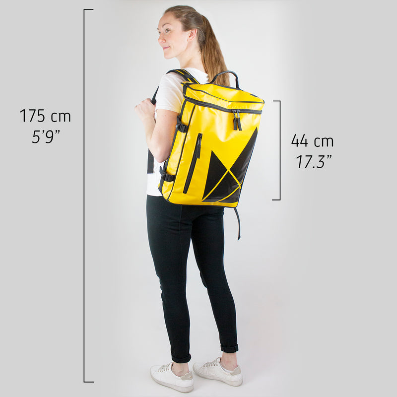 Svia Backpack