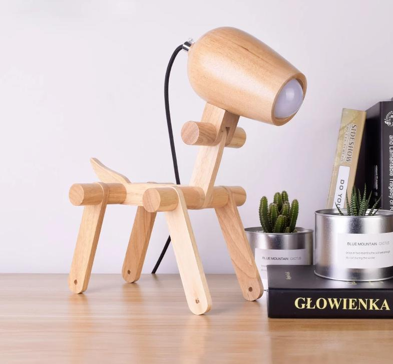 Hachiko Dog Wood Table Lamp (US/CA plug)