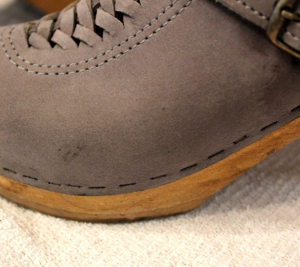 clean suede naturally