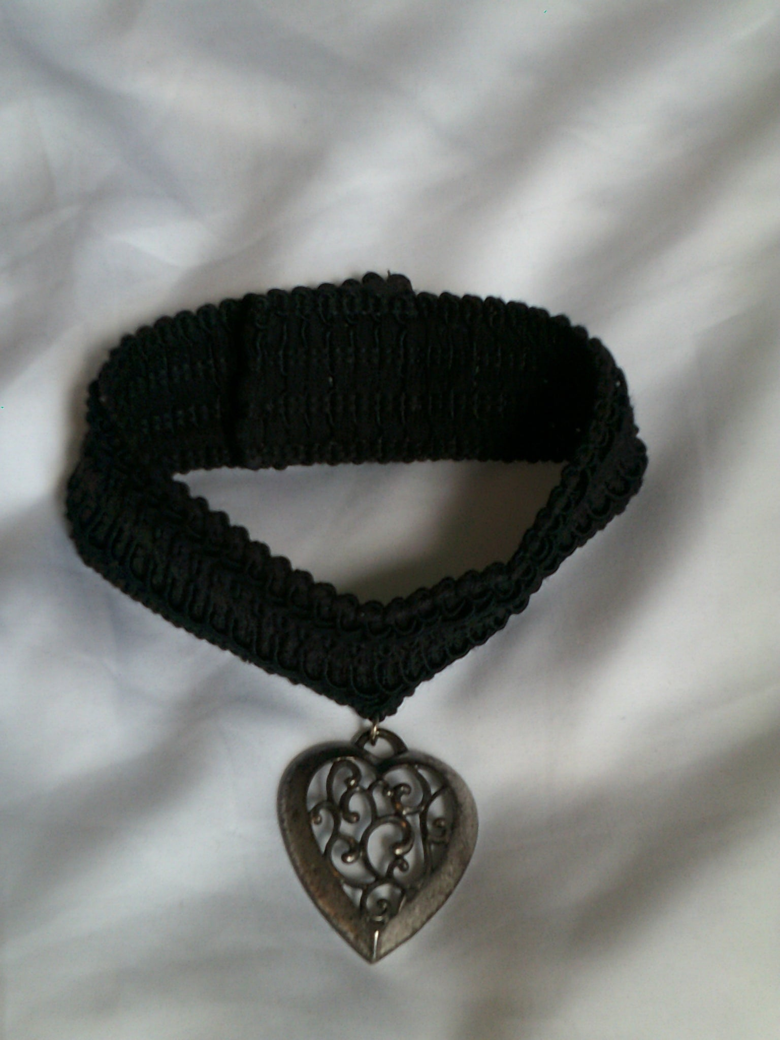 Ornate Heart Choker