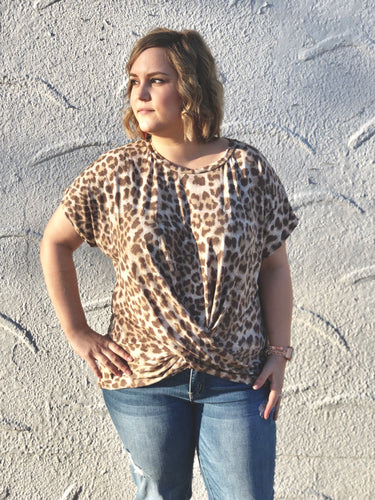 Ava Twist Front Top