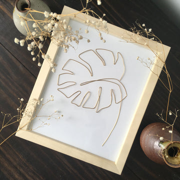 Monstera Wire Art - natural frame lifestyle