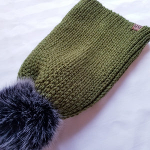 The Levi 《Green with grey pom》