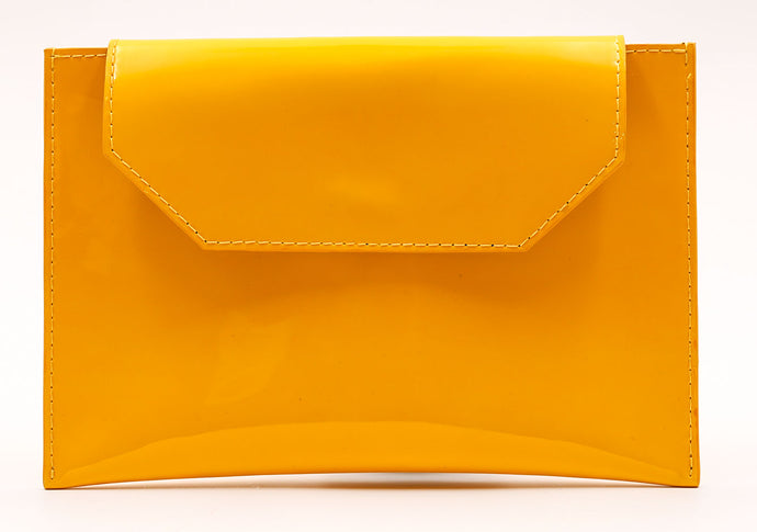 Sunset Cross body in Yellow Patent Leather