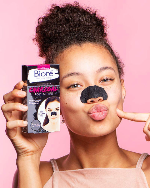 Bioré Blackhead Removing and Pore Unclogging Deep Cleansing Pore Strip with Natural Charcoal, Cruelty Free, Vegan, Oil-Free & Non-Comedogenic, Great for Oily Skin (6 Count) (Packaging May Vary)
