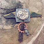 flying through time // steampunk watch and gear necklace - Peacock & Lime