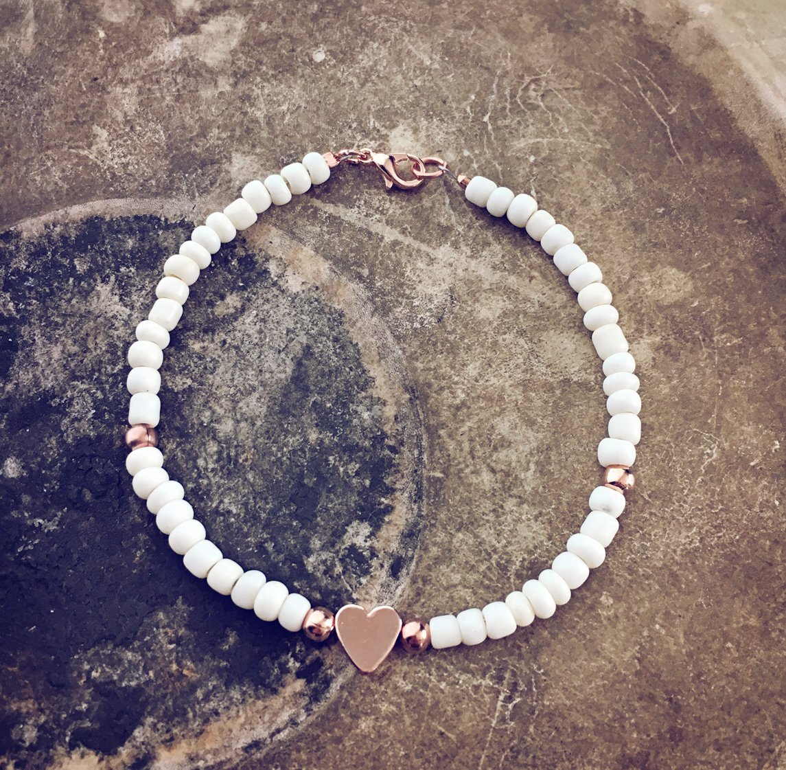 rose gold heart and off white bead bracelet - Peacock & Lime