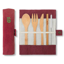 Afbeelding in Gallery-weergave laden, Bambaw Cutlery Set Packshot Open Closed Pouch Berry