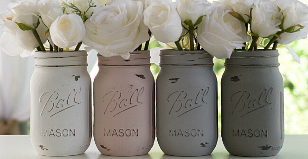 DIY centerpiece: an original and inexpensive idea with Mason Jars glass jars