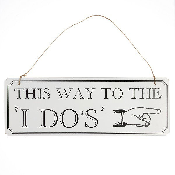 Wooden Sign This Way - Decochic