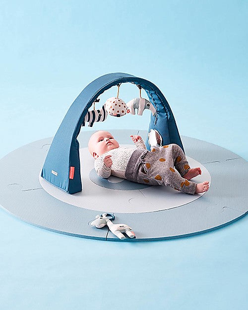 Flexible Baby Gym Blue Done By Deer - Decochic