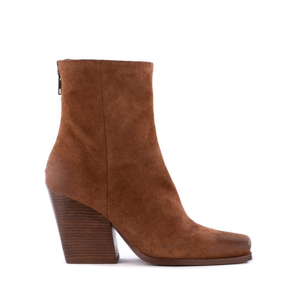 Product image of cognac suede side