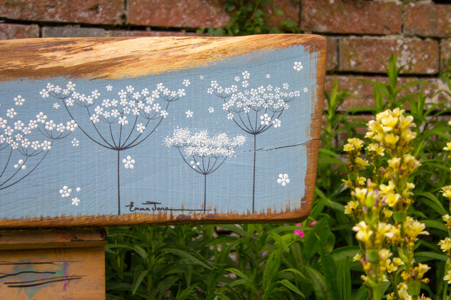 XXL cow parsley blue/grey live edge wood painting close up