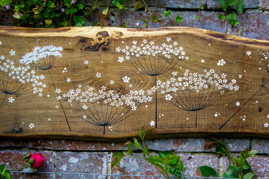 XXL Cow Parsley natural live edge wood painting close up