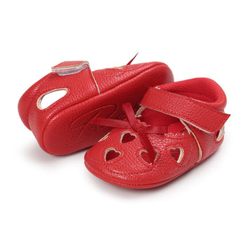 infantfeet Newborn PU Leather Baby Girl First Walkers Shoes Love Hollow Handmade Soft Bottom Soled Bow Prewalker Shoes New Arrival