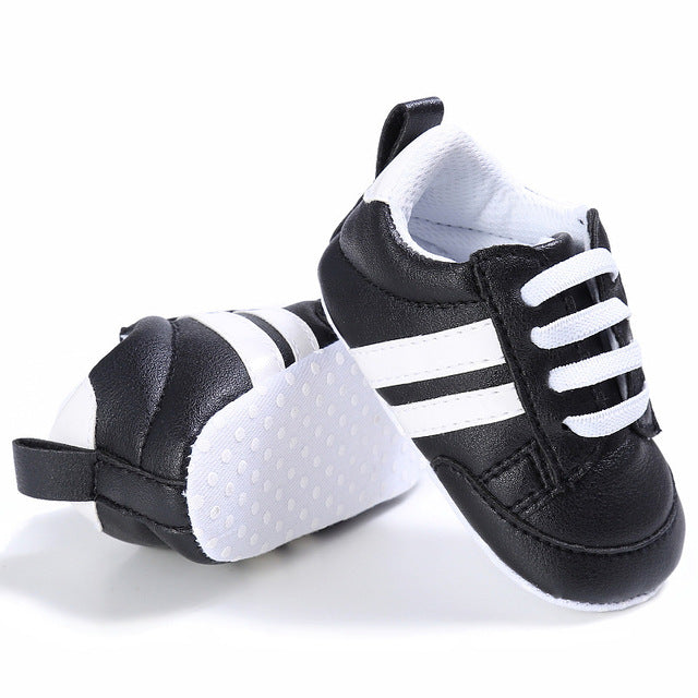 2018 New Fashion Sneakers Newborn Baby Crib Shoes for Boys with Soft Sole