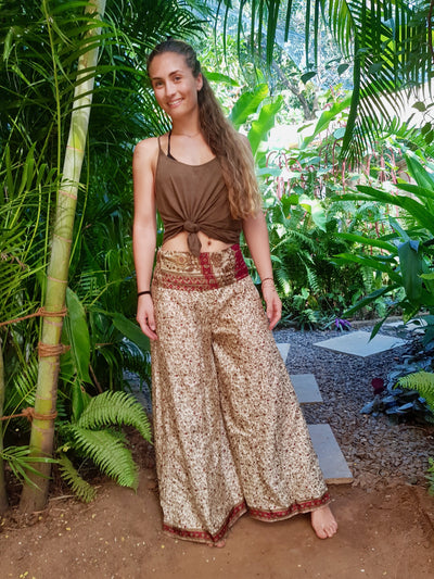 These Beautiful Bohemian chic pants are made from Eco friendly material. Mamma Nomad keeps ethical values and the environment in mind while she creates. Yet it is affordable fashion.