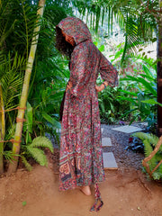 Mamma Nomad creates fashion with ethical values. Earth friendly yet affordable. Beautiful Flowing Boho chic Kimono made from recycled fabrics.