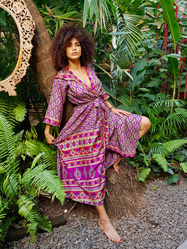 Earth friendly yet affordable fashion created with ethical values by the brand Mamma Nomad. Beautiful Bohemian Kimono made from recycled fabrics.