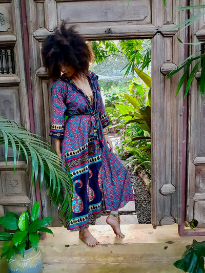 Beautiful Bohemian Kimono made from recycled fabrics. Mamma Nomad is a brand with ethical values and Earth friendly yet affordable fashion.